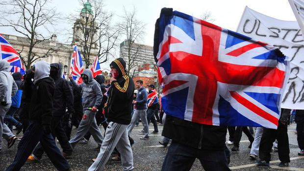 PACEMAKER BELFAST   08/12/12 Loyalist protesters converge on Belfast City Hall on Saturday afternoon to protest at the removal of the Union Jack flag earlier this week.Photo Kirth Ferris/Pacemaker