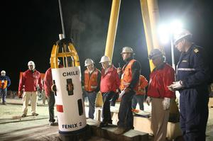 SAN JOSE MINE, CHILI - OCTOBER 12: (NO SALES, NO ARCHIVE) In this handout from the Chilean government, Chilean President Sebastian Pinera watches the first dry run of the descent of the unmanned rescue capsule October 12, 2010 at the San Jose mine near Copiapo, Chile. The rescue operation could begin bringing up the 33 miners tonight, 69 days after the August 5th collapse that trapped them half a mile underground. (Photo by Hugo Infante/Chilean Government via Getty Images)