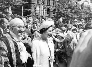 The Queen, Elizabeth 11. 1966 visit.The Queen and the Lord mayor of Belfast, Alderman Major William Geddis, at the City Hall.  4/7/1966