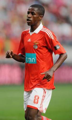 <b>Ramires</b><br/> News has been circulating that Chelsea have contacted Benfica with regards to the potential signing of their Brazilian midfielder; in fact Ramires' agent has even hinted as much himself. Ramires is another player you could imagine slotting in well at Stamford Bridge following the parting of Ballack and Joe Cole. The three recognised central midfielder's Ancelotti does have left, Lampard, Obi Mikel and Essien will certainly need building upon for this coming season (particularly if, as the grapevine suggests, Frank is also due to depart).