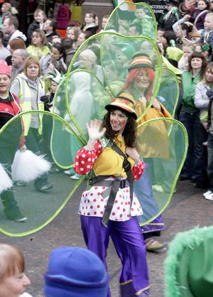 St Patricks Day Carnival and parade makes it way from City Hall to Custom House Square.