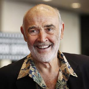 Sean Connery has chats with his son Jason about making movies