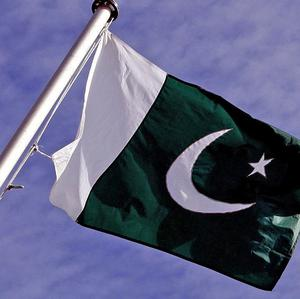 Pakistani security officials have reportedly arrested a French man, described as an al Qaida operative