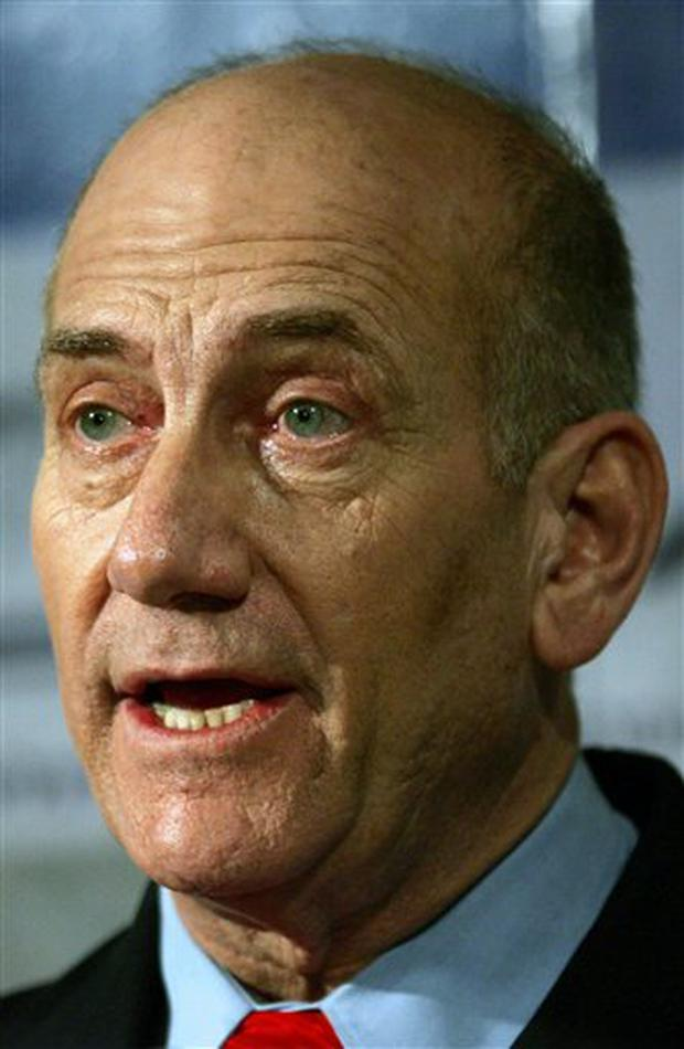 Ehud Olmert warns that his country is prepared to use military force