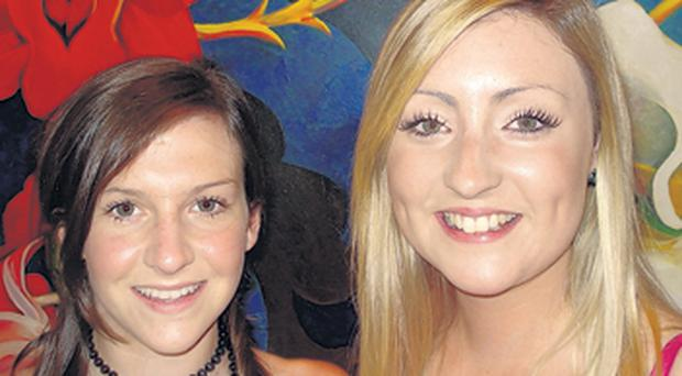 QUB medical students Aisling Murray (left) and Donna McClelland were praised for their actions by the captain of the Miami-bound plane