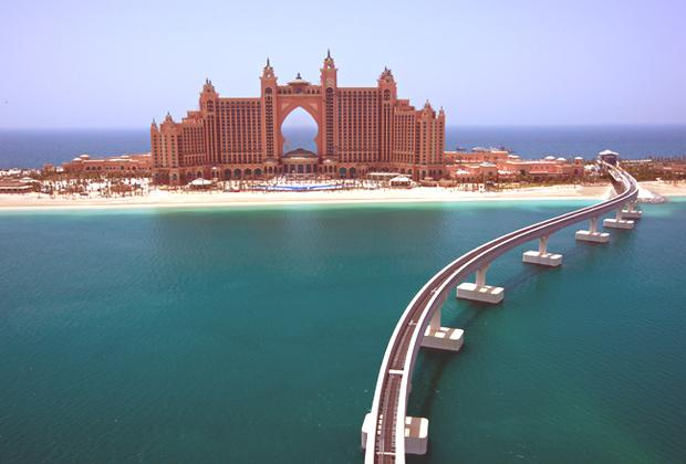The Palm Jumeirah Hotel, Dubai.
