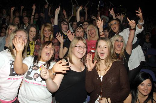 Fans give McFly an ecstatic welcome in Belfast