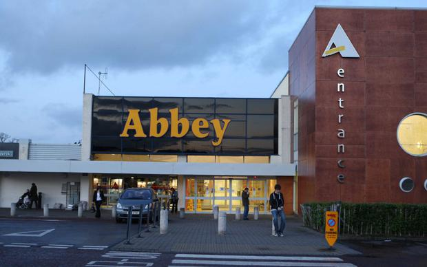 Abbey Centre shopping mall Photo-Matt Mackey/Presseye.com