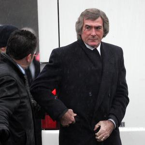 Pat Jennings at George Best's funeral