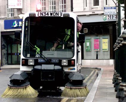 CLEAN...Birmingham street cleaning feature, pictured is the Schmitt driven by Tony Clarke.....PIC TIM EASTHOPE...STREET, Victoria Square. CLEAN
