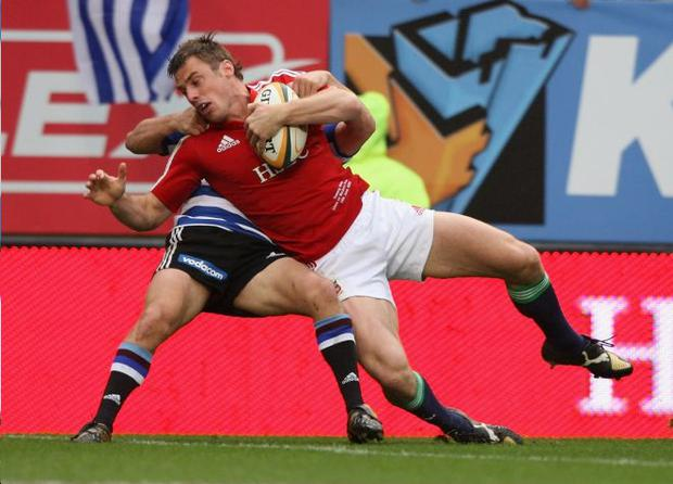 Tommy Bowe strengthened his claim for a starting place in the Lions Test squad with a powerful performance against Western Province