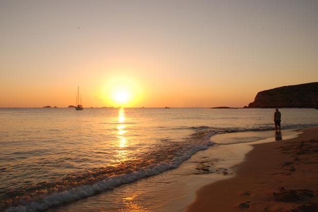 Sun sets at Platges de Comte, Ibiza