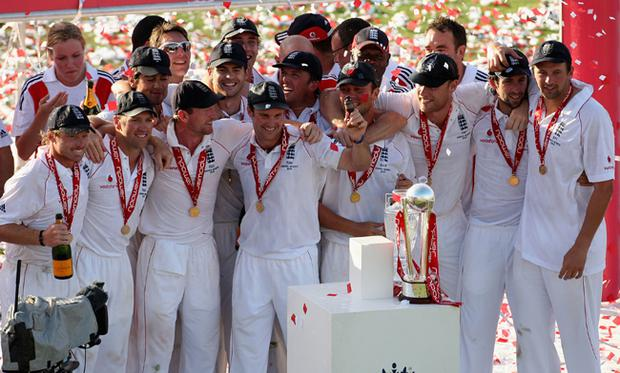 The England team celebrate with the replica urn during the presentations after day four of the npower 5th Ashes Test Match between England and Australia
