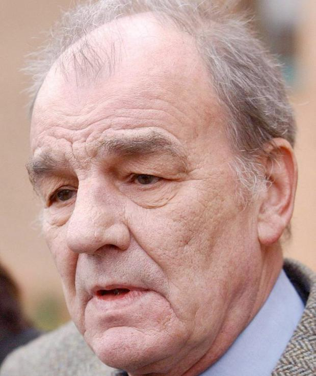 File photo dated 23/11/04 of TV chef Keith Floyd who has died it was announced today. PRESS ASSOCIATION Photo. Issue date: Tuesday September 15, 2009. See PA story DEATH Floyd. Photo credit should read: Barry Batchelor/PA Wire