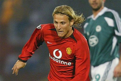 Diego Forlan played for Manchester United between 2002 and 2004