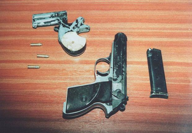 The two guns used in the INLA murder of Billy Wright
