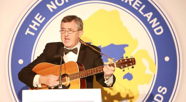 Sean Crummey entertains guests at the Northern Ireland Travel and Tourism Awards 2009