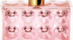 <b>Michael Kors</b? Very Hollywood's flashy bottle and gold stopper have a distinctive whiff of old school glamour about them, as does the fragrance itself. It's like a sparkling starlet, with notes of mandarin, gardenia & raspberry giving way to a luxurious base of amber and vetiver. Who said glamour was dead? <b>Price </b>£46.98 veryhollywood.com