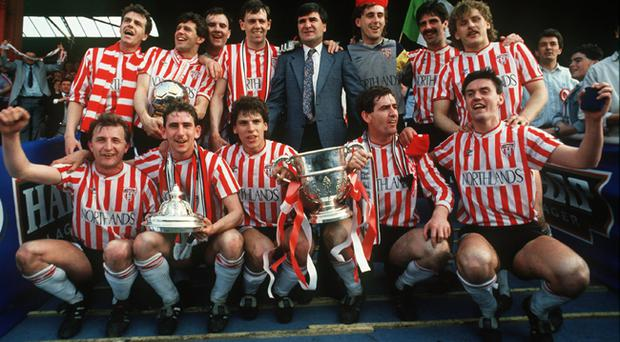 The treble-winning team with the FAI Cup in 1989