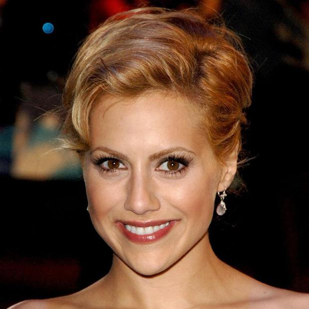 The 911 call from Brittany Murphy's mother has been released