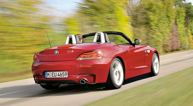 review bmw z4 sdrive 35is. Black Bedroom Furniture Sets. Home Design Ideas