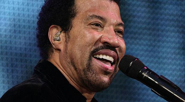 Lionel Richie is to re-record We Are The World