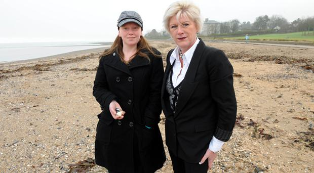 Life's a beach: Life coach Gillian Killen (right) helped Kelly Murray overcome her phobia