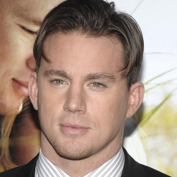 Channing Tatum says he writes love notes for his wife