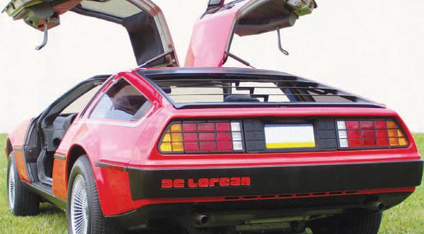 TV host Jay Leno has given the thumbs-up to the relaunch of the iconic DeLorean sports car in the United States. Eager customers can expect to part with £37,000