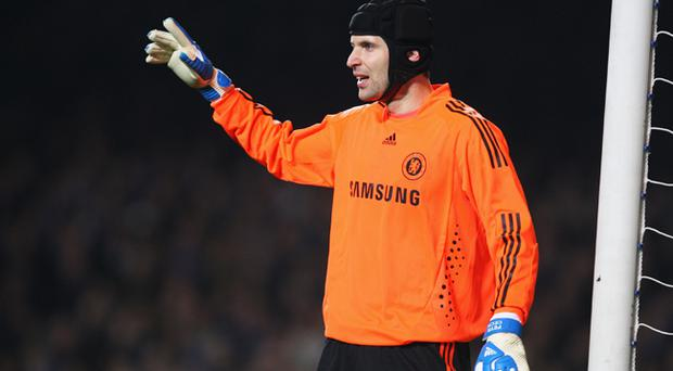 <br /><b>Petr Cech - 6</b><br />A disappointing night personally ended with a suspected serious knee injury on the hour mark