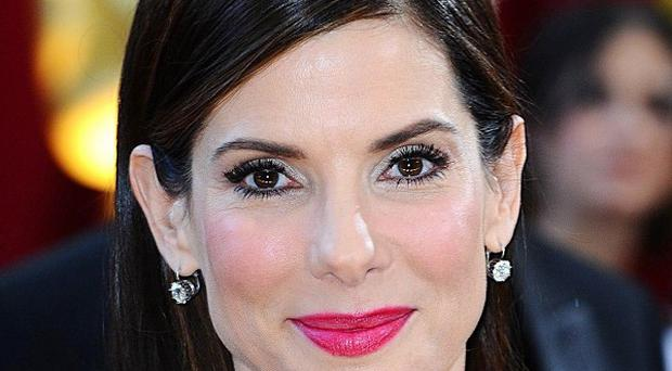 Sandra Bullock has the blessing of Lynda Carter to play Wonder Woman