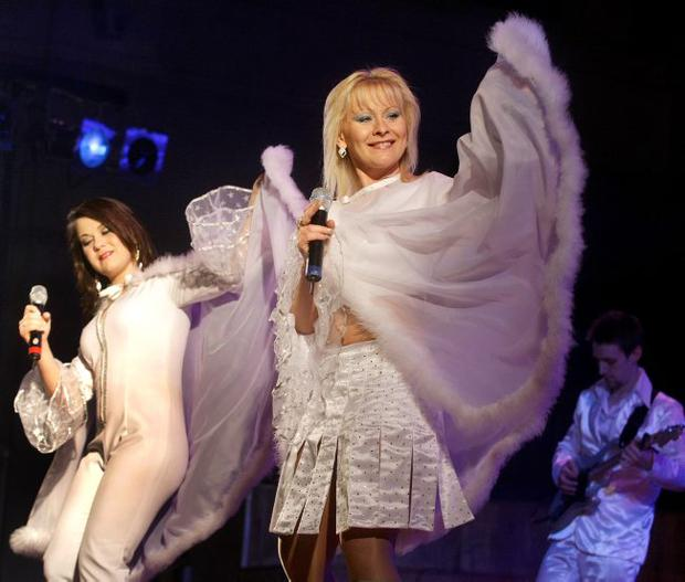 Mamma Mia — Nryee Burt and Ewa Scott as Frida and Agnetha performing on stage