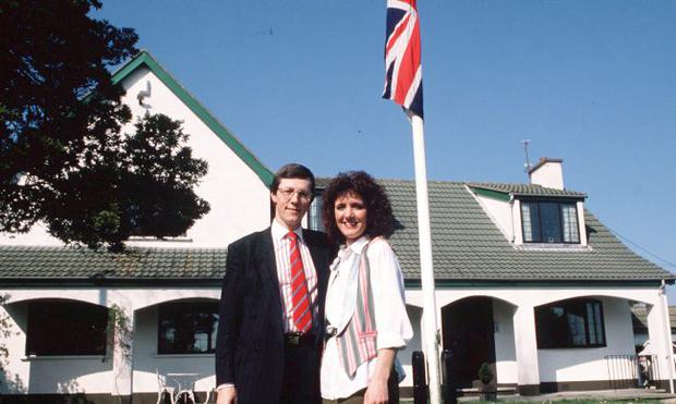 Iris and Peter Robinson at their home in Belfast. 18/4/89.