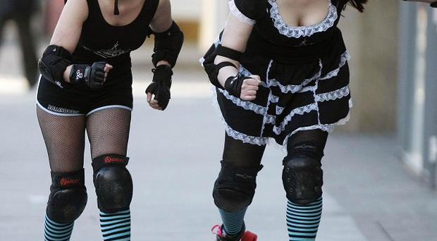 A group of sports fans are urging people to get their skates on for the country's first roller derby league