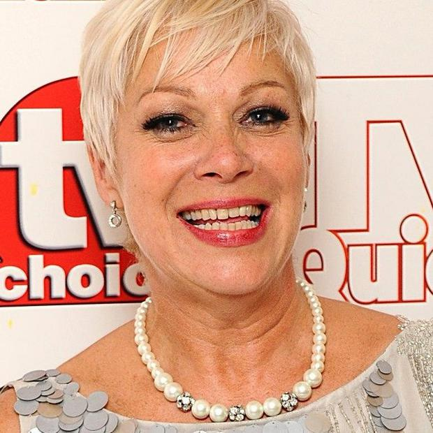 Former Coronation Street star Denise Welch revealed she snorted cocaine in between scenes