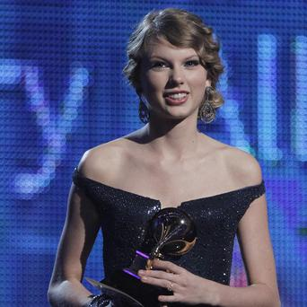 Taylor Swift is donating 500,000 US dollars to flood relief in Nashville