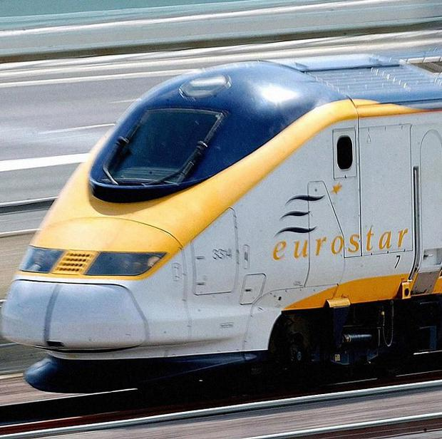 Problem on a Eurotunnel shuttle train has disrupted Channel Tunnel traffic