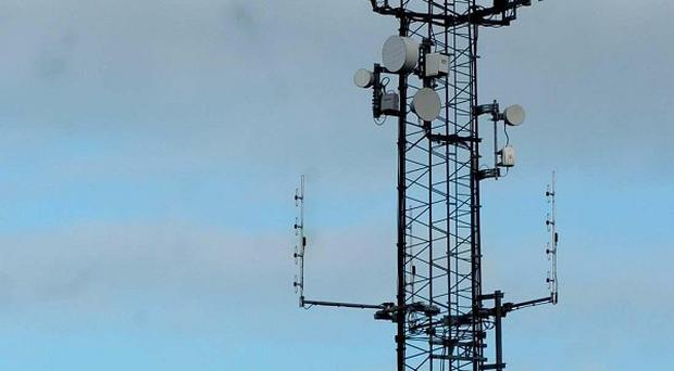Living close to a mobile phone mast does not increase chance of pregnant woman's baby developing cancer, studys says