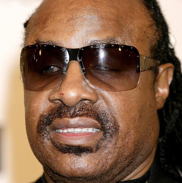 Stevie Wonder will be the main attractions as a scorching Glastonbury festival comes to an end