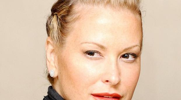 Anastacia says she gets Botox in her forehead