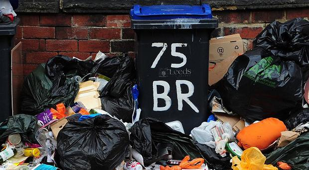 Councils spent 850 million pounds picking up dropped litter last year