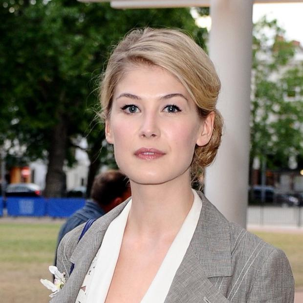 Rosamund Pike is to star in Johnny English 2