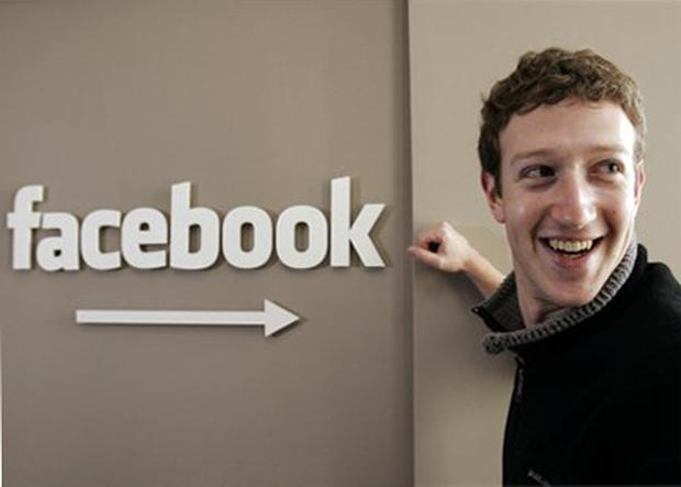 Internet.org initiative is to be rolled out across the world, Facebook CEO said in live chat on social network