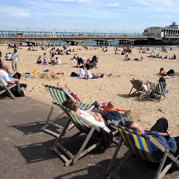 People in Northern Ireland are the biggest spenders when on holiday, according to a survey