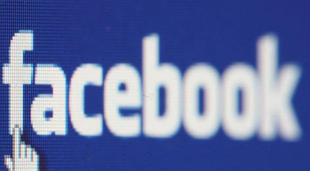 Using social networking sites while at work hampers productivity, research says