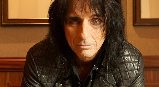 Alice Cooper is looking for sideshow performers for his tour dates