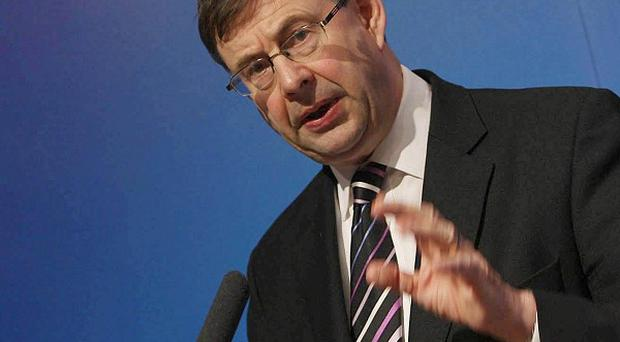 Social protection minister Eamon O Cuiv defended the unemployment figure saying it will reverse in the autumn