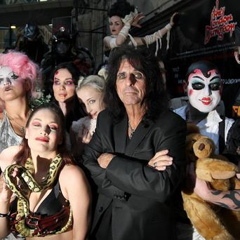 Alice Cooper with some of the auditionees