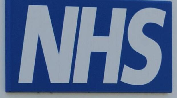 NHS hospitals are putting lives at risk by ignoring safety alerts, a report said