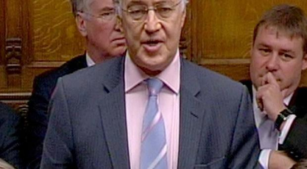 Former Conservative leader Michael Howard has said there should be an inquest into the death of David Kelly